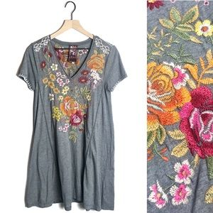 Johnny Was • Gray Floral Embroidered Tunic Dress